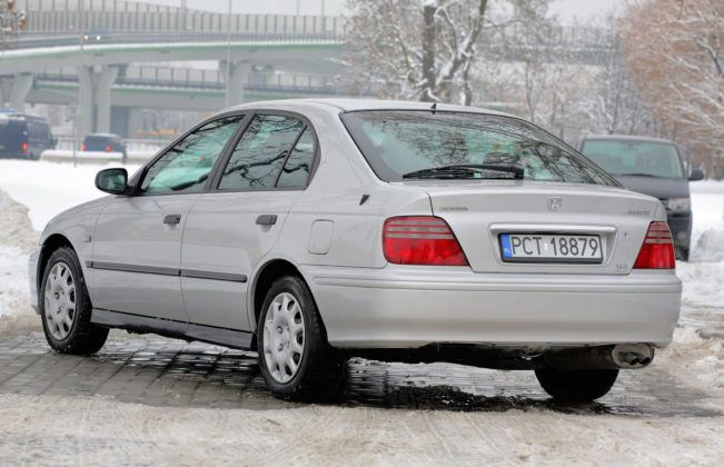 Honda Accord VI - tył