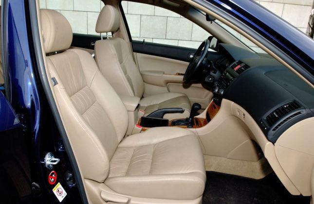 Honda Accord VII - fotel pasażera