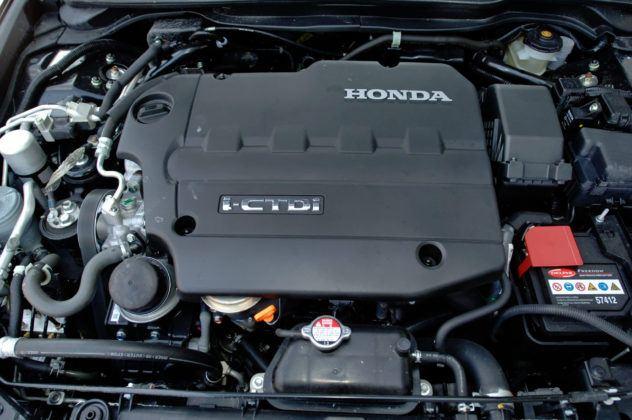 Honda Accord VII - silnik