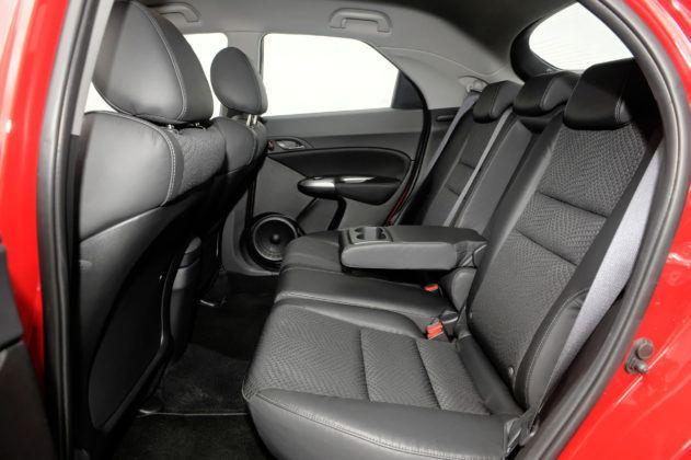 Honda Civic VIII - tylna kanapa