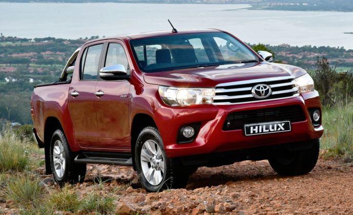 Kamerun - Toyota Hilux