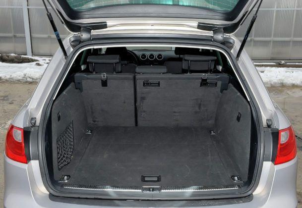 Klasa średnia - przedostatni - Seat Exeo (bagażnik)