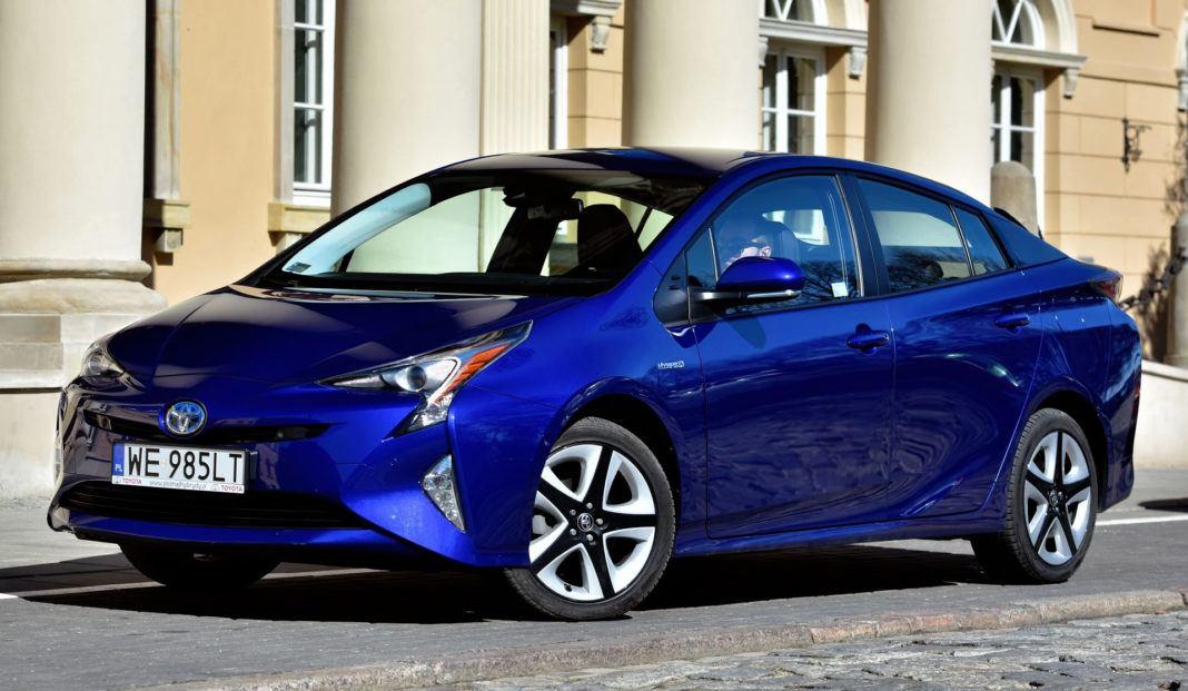 Kompakty - najlepszy - Toyota Prius