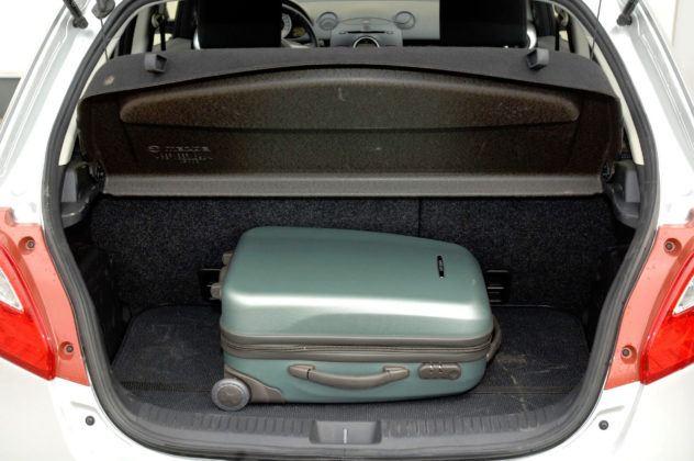 Mazda 2 III - bagażnik