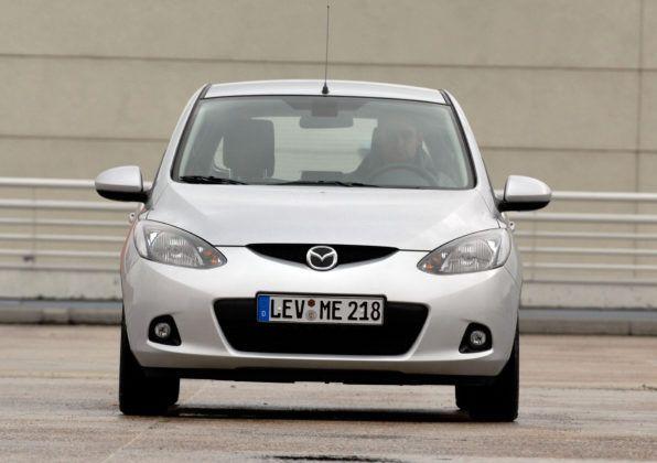 Mazda 2 III - przód