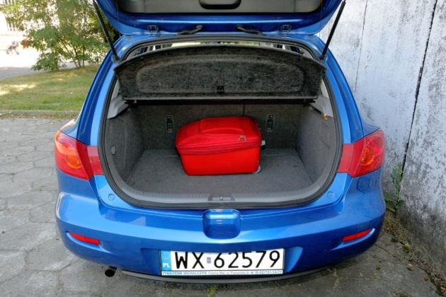 Mazda 3 I - bagażnik