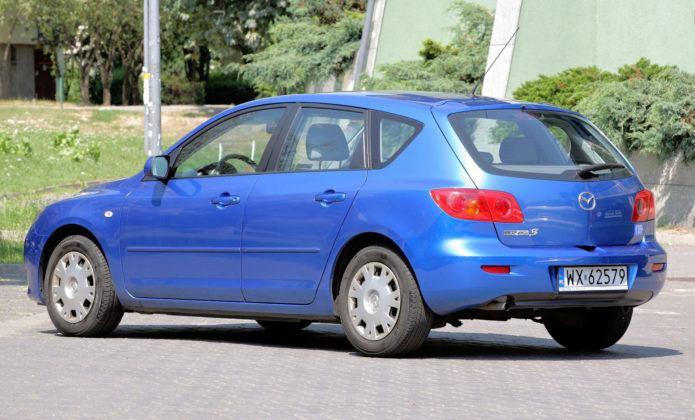 Mazda 3 I - tył