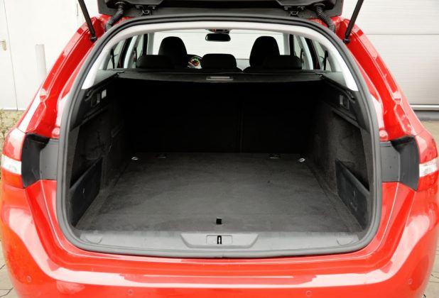 Peugeot 308 II SW - bagażnik