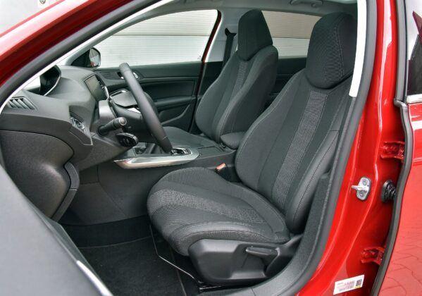 Peugeot 308 II fotel kierowcy