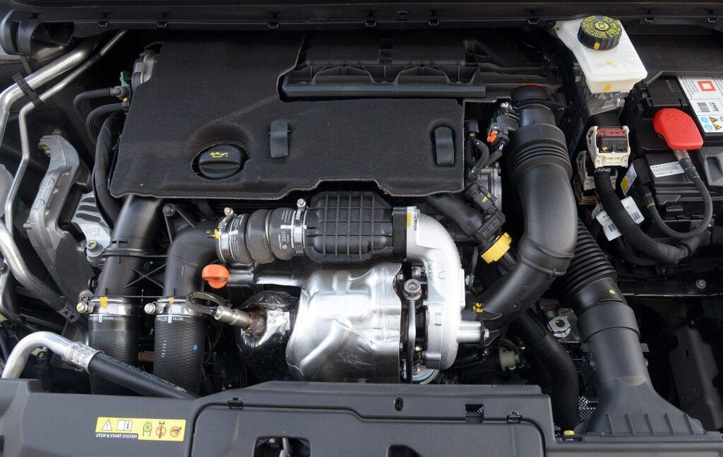 Peugeot 308 II silnik (2)