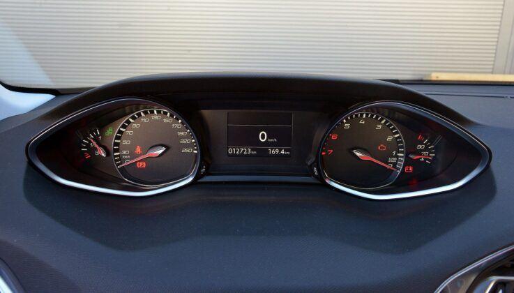 Peugeot 308 II zegary