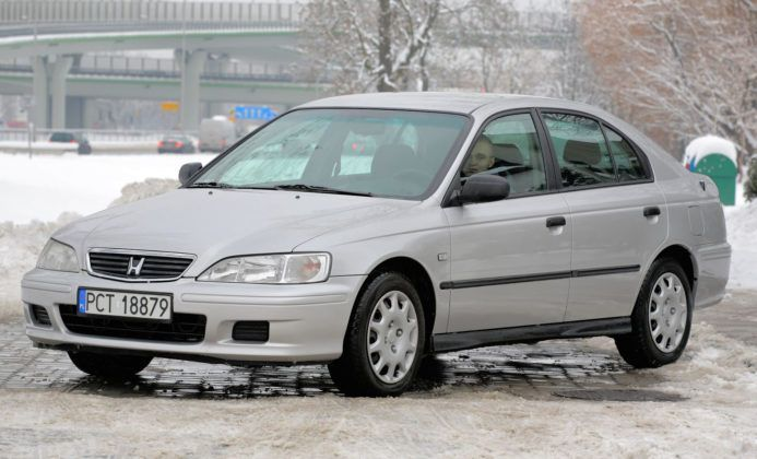 Toyota Accord VI - przód