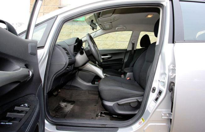 Toyota Auris I Hybrid - fotel kierowcy