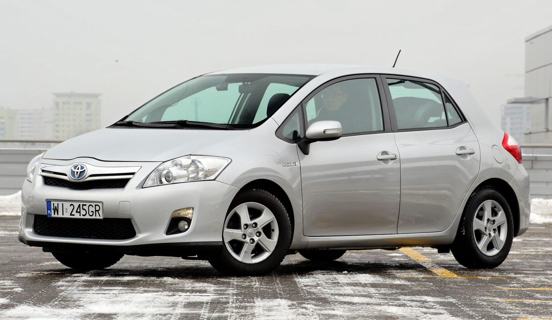 Toyota Auris I Hybrid Tani Samochod Hybrydowy Uzywane