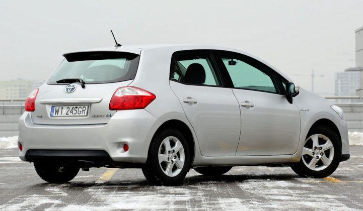 Toyota Auris I Hybrid - tył