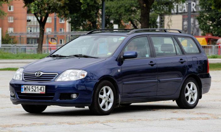 Toyota Corolla IX - przód