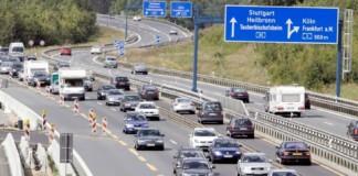 Wiek samochodów w Europie - otwierające