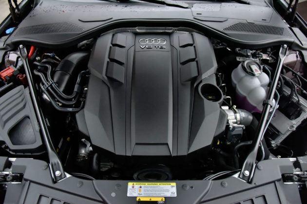 Audi A8 - silnik