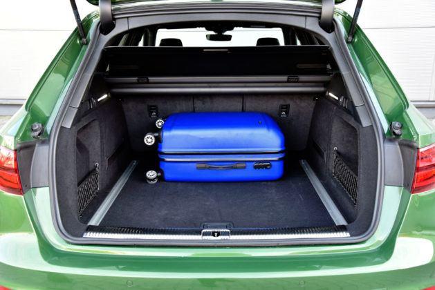 Audi RS 4 - bagażnik