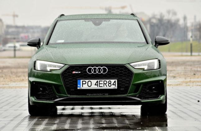 Audi RS 4 - przód