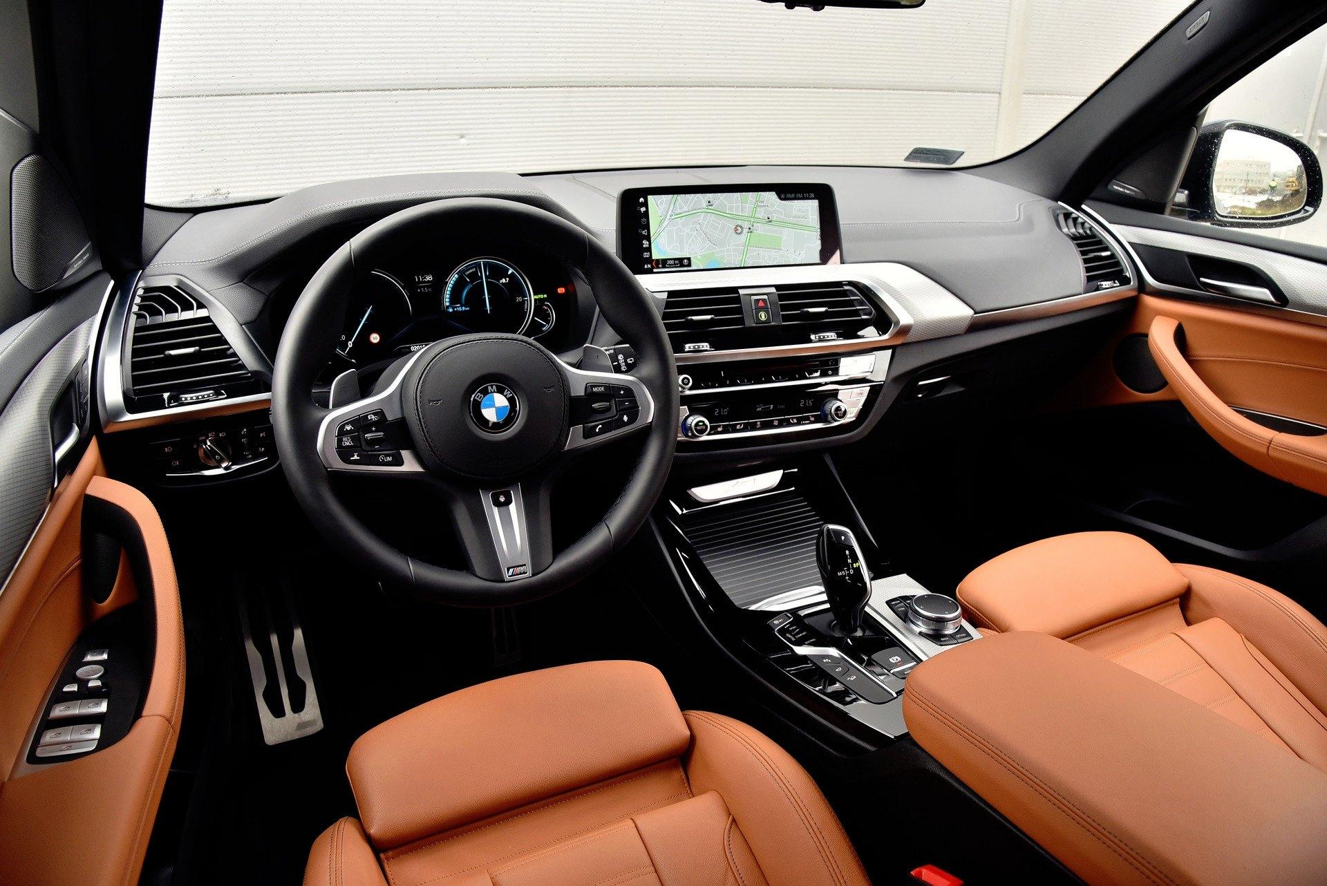 BMW X3 - deska rozdzielcza