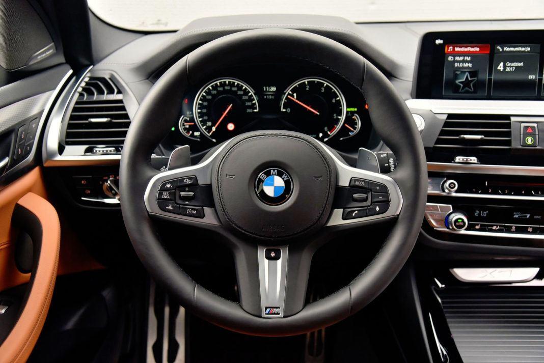 BMW X3 - kierownica