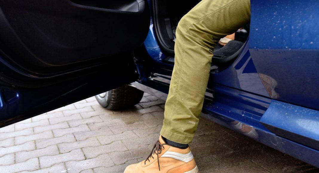 BMW X3 - próg
