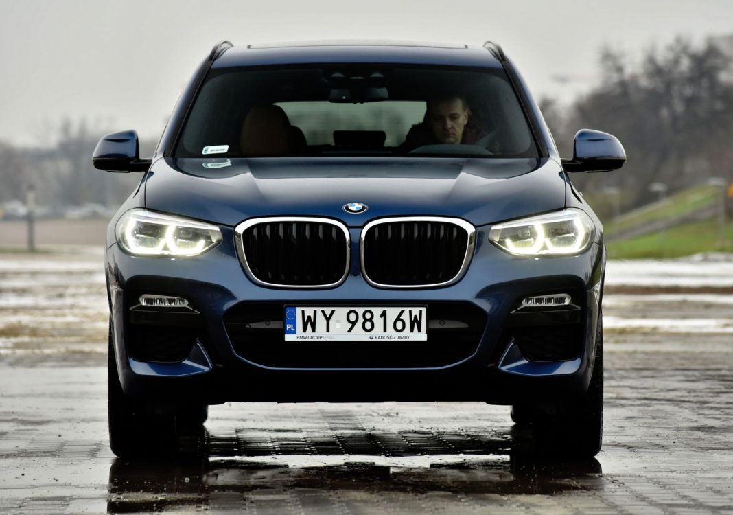 BMW X3 - przód