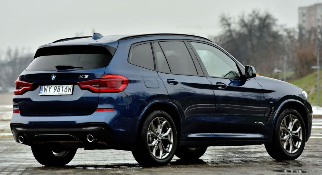 BMW X3 - tył