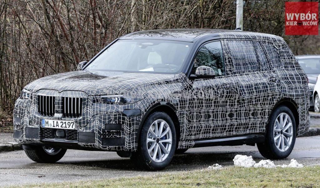BMW X7 - przód