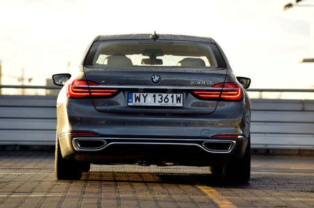 BMW serii 7 - tył