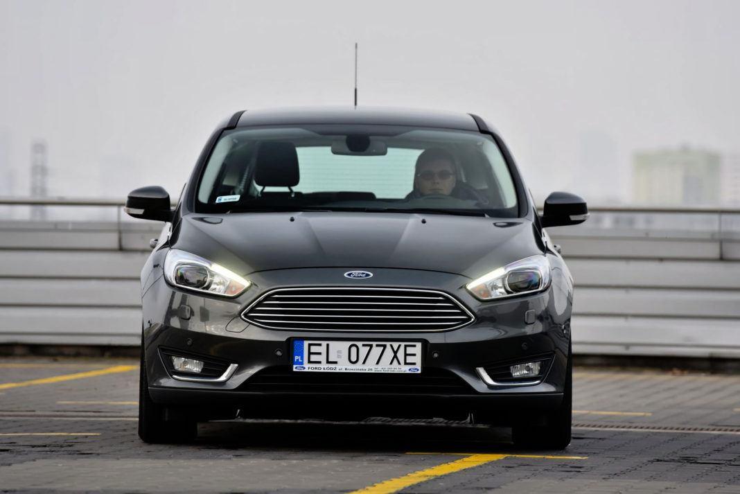 Ford Focus - przód