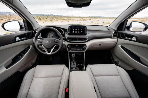 Hyundai Tuscon FL - deska rozdzielcza
