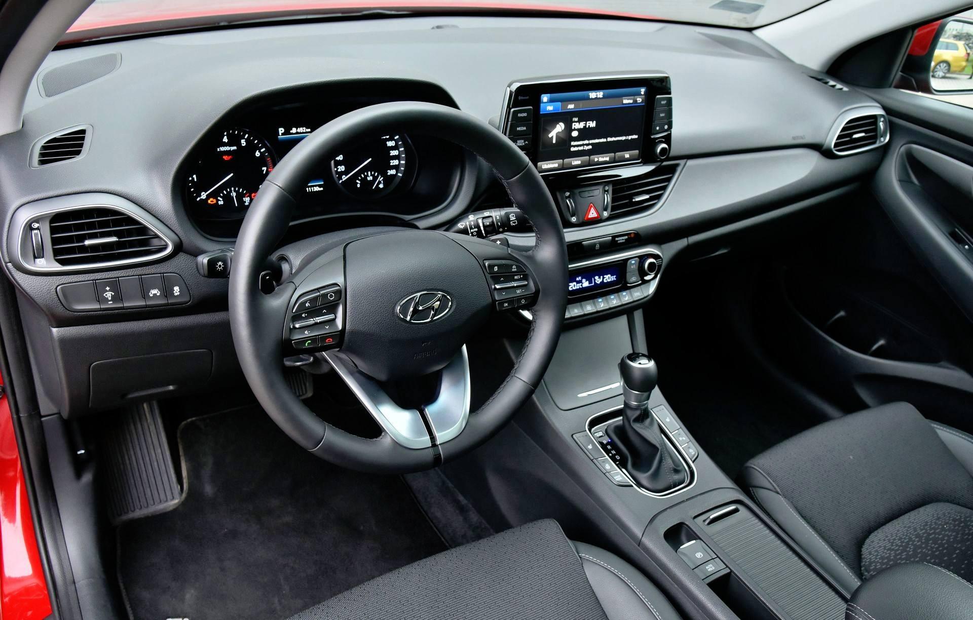 Hyundai i30 - deska rozdzielcza