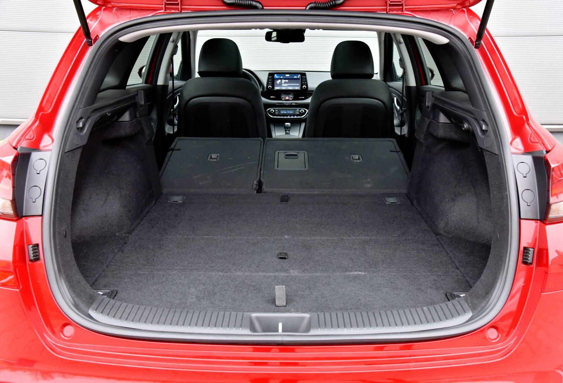 Hyundai i30 - powiększony bagażnik