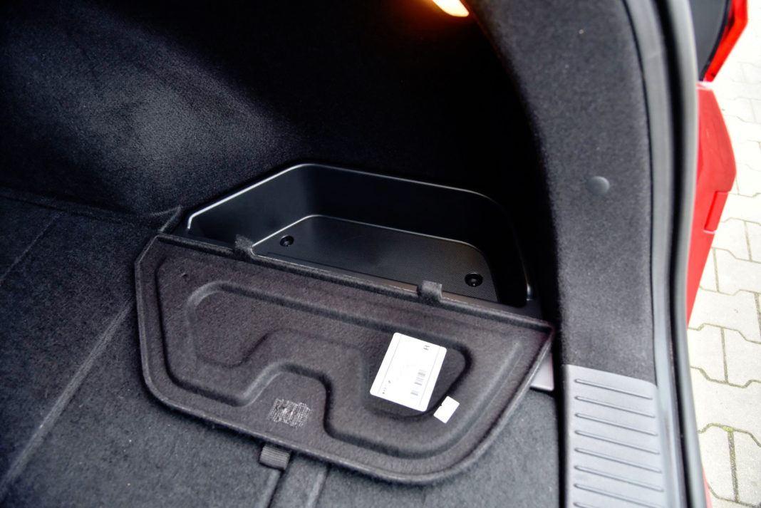Hyundai i30 - schowki w bagażniku