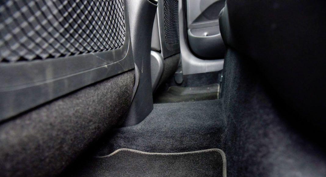 Hyundai i30 - tunel środkowy