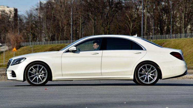 Mercedes Klasy S - bok