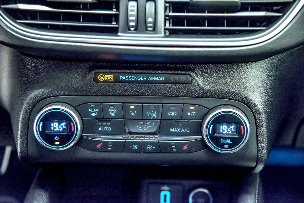 Nowy Ford Focus - panel wentylacji