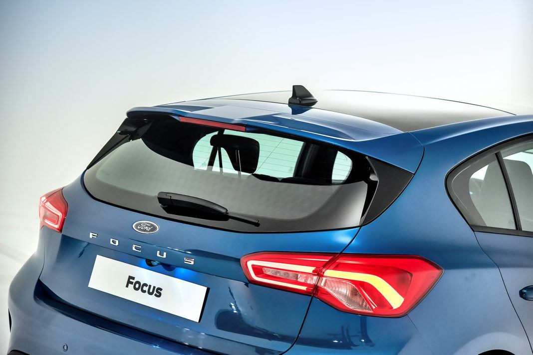 Nowy Ford Focus - tylny spojler