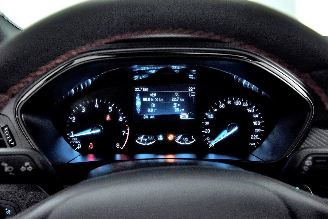 Nowy Ford Focus - wskaźniki