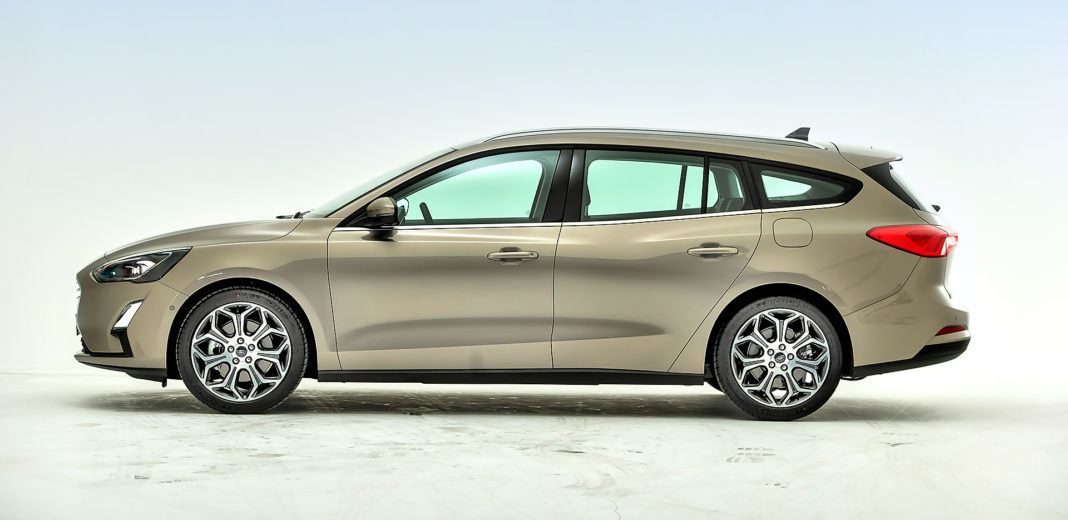 Nowy Ford Focus Combi - profil