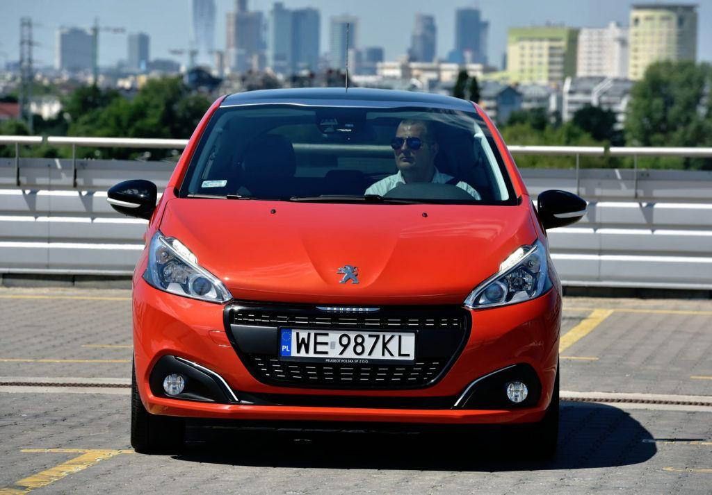 Peugeot 208 - przód po liftingu.