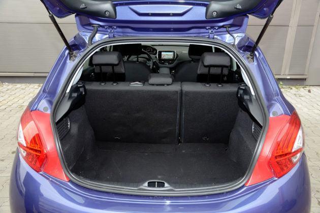 Peugeot 208 - bagażnik
