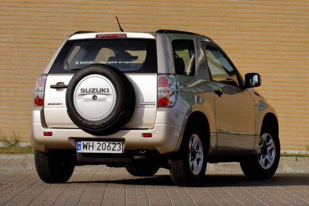 Suzuki Grand Vitara 3d - tył