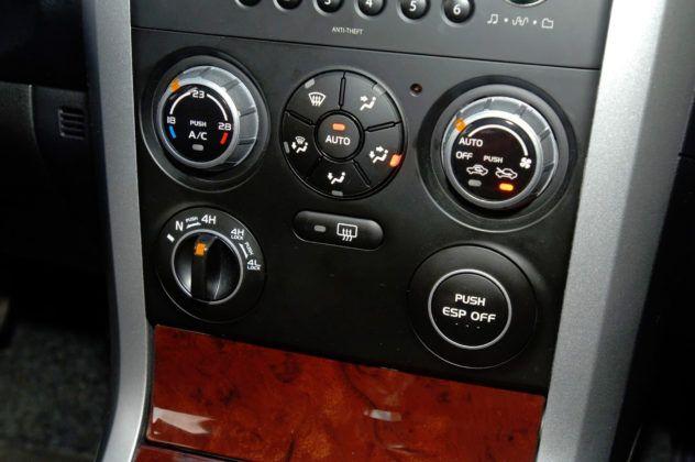 Suzuki Grand Vitara - pokrętło napędu