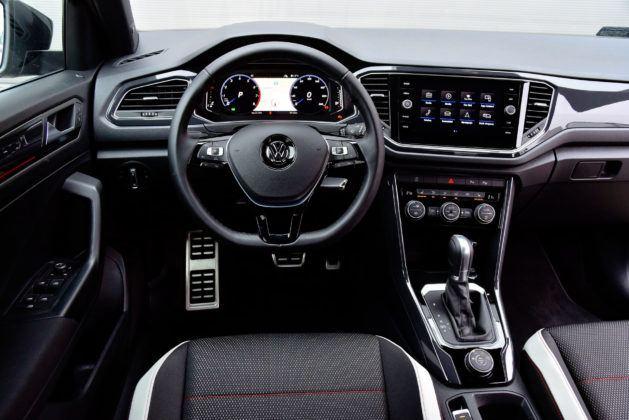 VW T-Roc - deska rozdzielcza