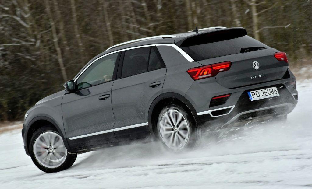 VW T-Roc zaskakuje prowadzeniem także poza asfaltem.
