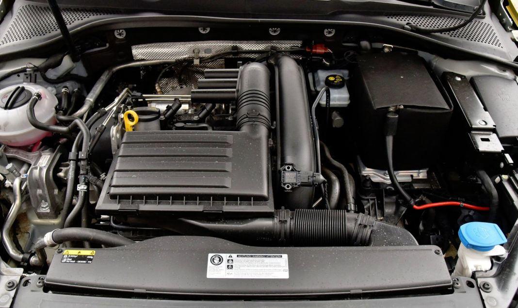 Volkswagen Golf - silnik