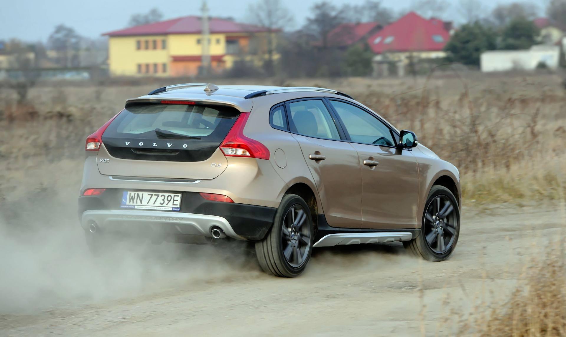 Zaawansowane Używane Volvo V40 (od 2012 r.) - OPINIE PN66